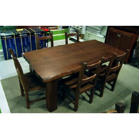 mesa maciza de castaño y diez sillas