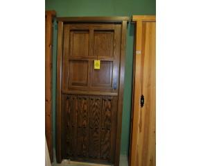 Puerta exterior pino maciza natural teñida