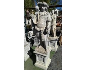 Estatua trobador capa