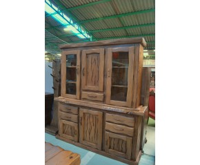 Armario madera de castaño